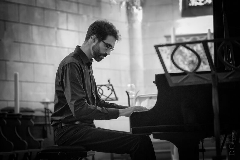 DSC_2019 - Le pianiste NB