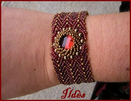 bracelet_saint_petersbourg_rouge_bronze_3