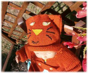 08 bonnet chat orange
