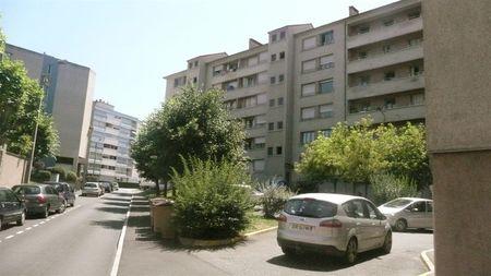 rue des Palermes 15