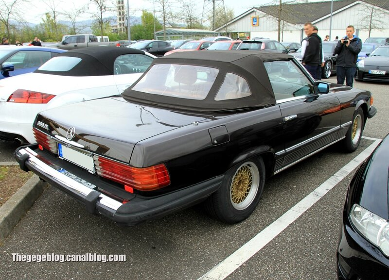 Mercedes 380 SL (US version)(Rencard Burger King avril 2014) 02
