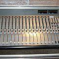 consoles Radio et studio anciens modèles avant 1993.