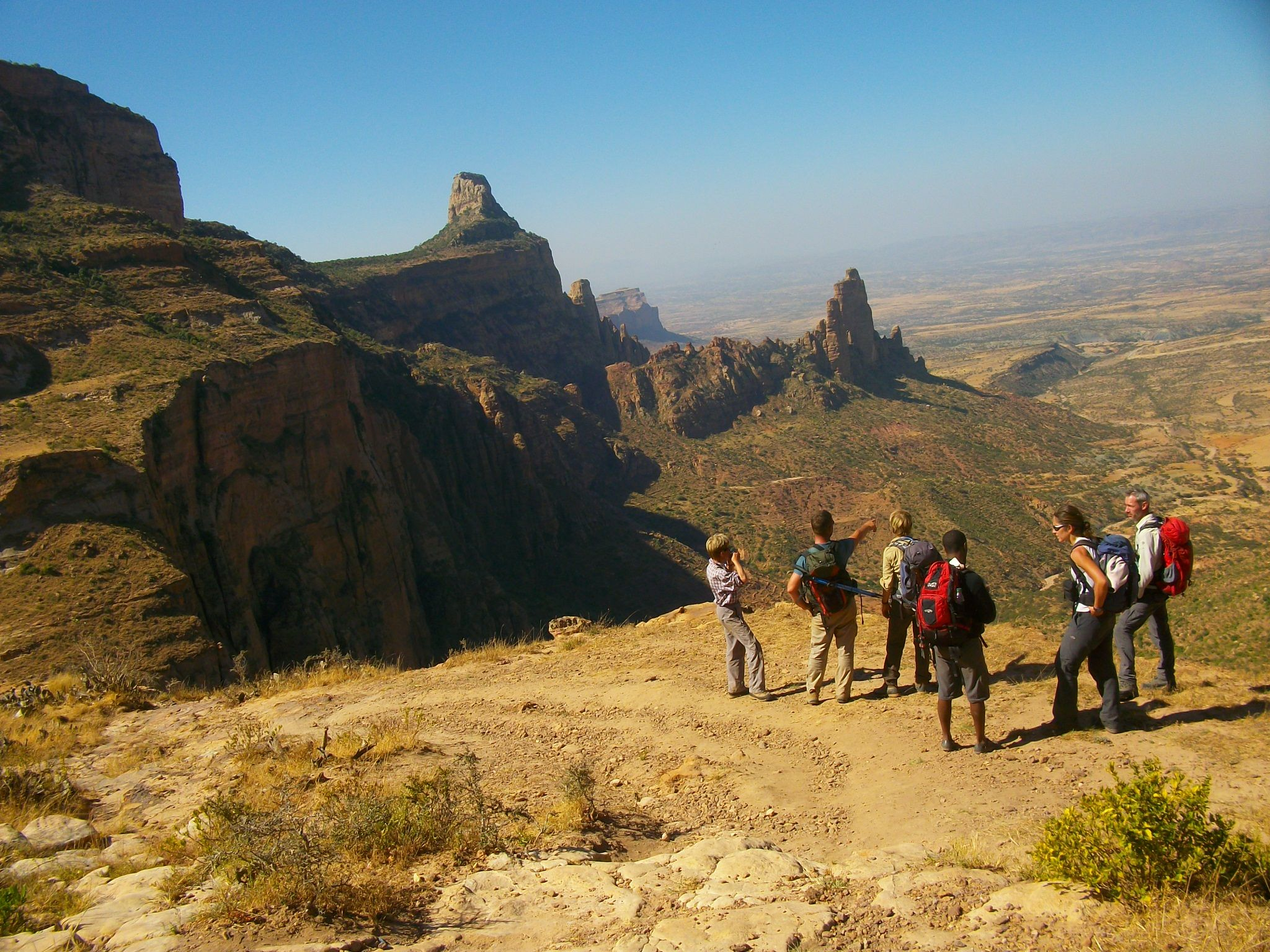 abyss land tour and travel groupe in gerealta trekking