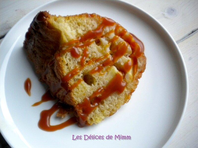 Gâteau de l'avent aux pommes et au caramel 5
