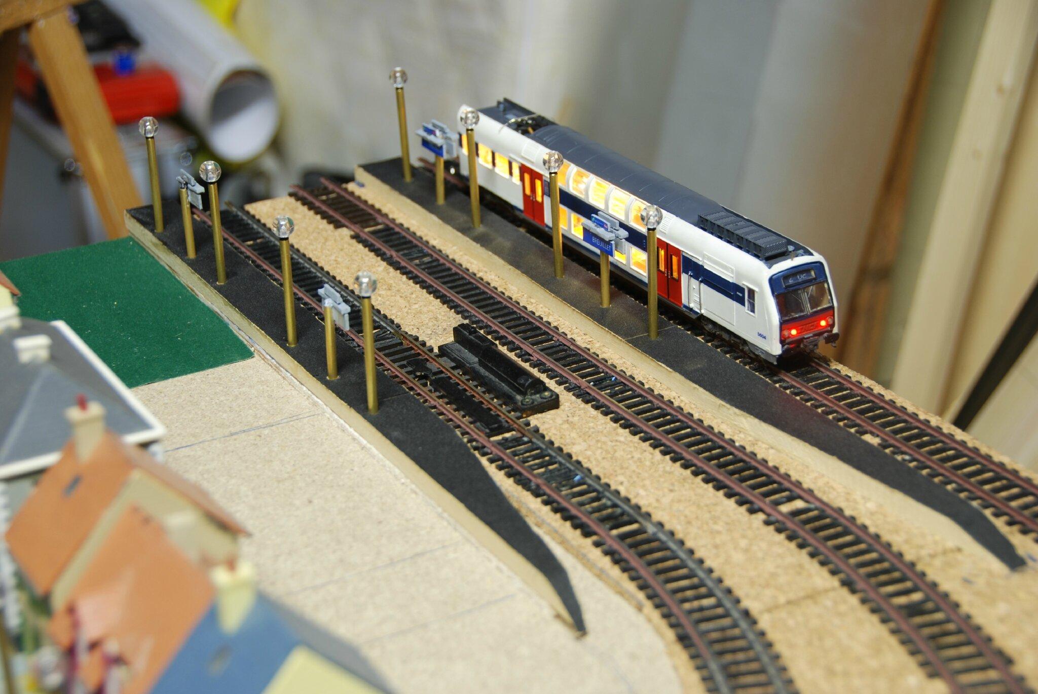 les travaux de la gare avance mes trains ho. Black Bedroom Furniture Sets. Home Design Ideas