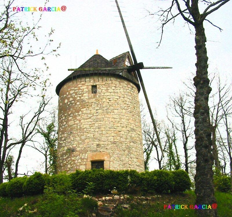 ST VIVIEN MOULIN DE LALUQUE