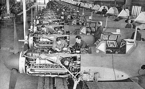 Bf109Gassemblyline_regensburg