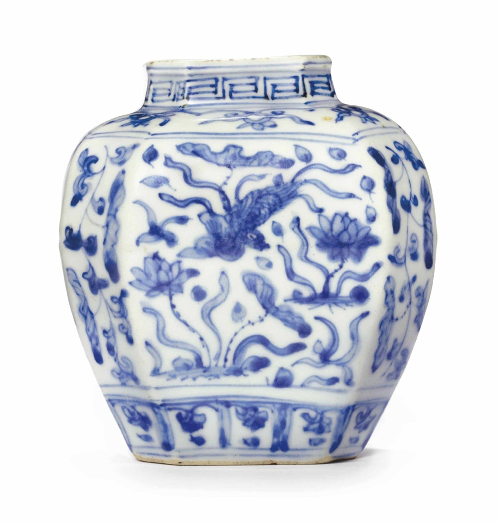 A small blue and white, faceted jar, Ming Dynasty, 16th century