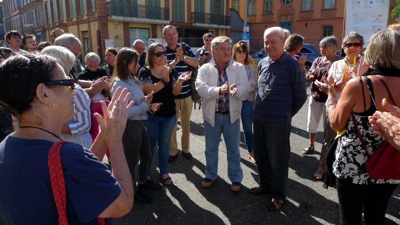 Joachim Prades à la manifestation devant la préfecture de Montauban