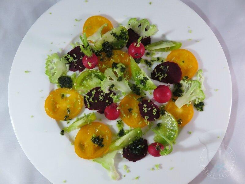 Salade betterave, tomate, chou-fleur