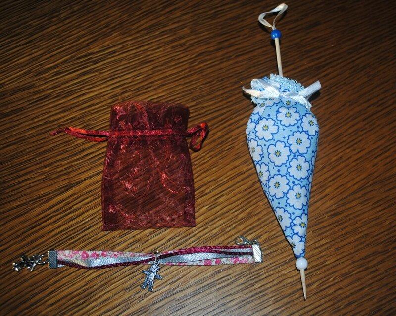 bracelet et parapluie à la lavande