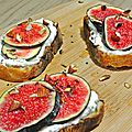 Tartines ricotta, figues et miel