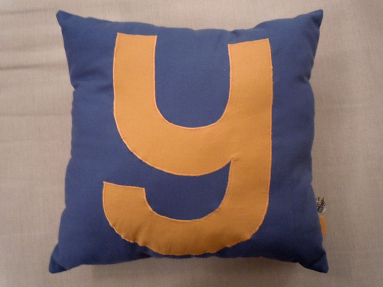 Coussin_initiale_1_2