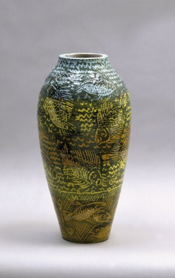 9864_llorens_artigas_large_vase_with_yellow_and_green_fish_1924_adagp_private_collection