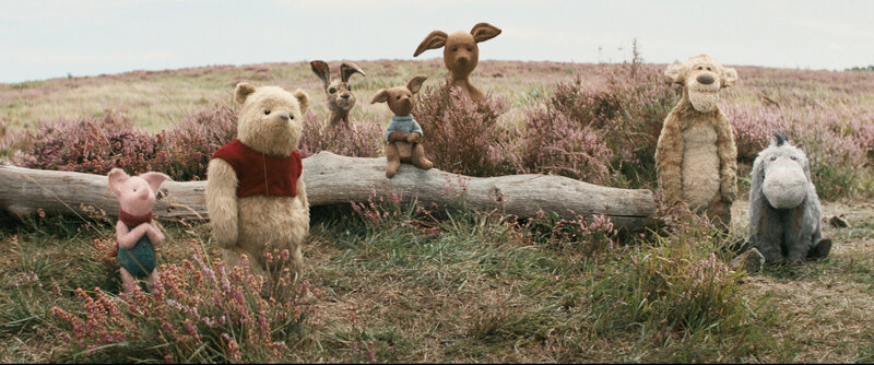 ChristopherRobin_Trailer2_Select_4