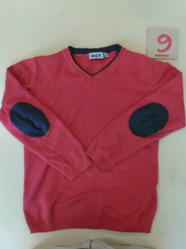 rouge pull nky 8 ans