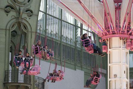 Grand Palais Fête Foraine 054