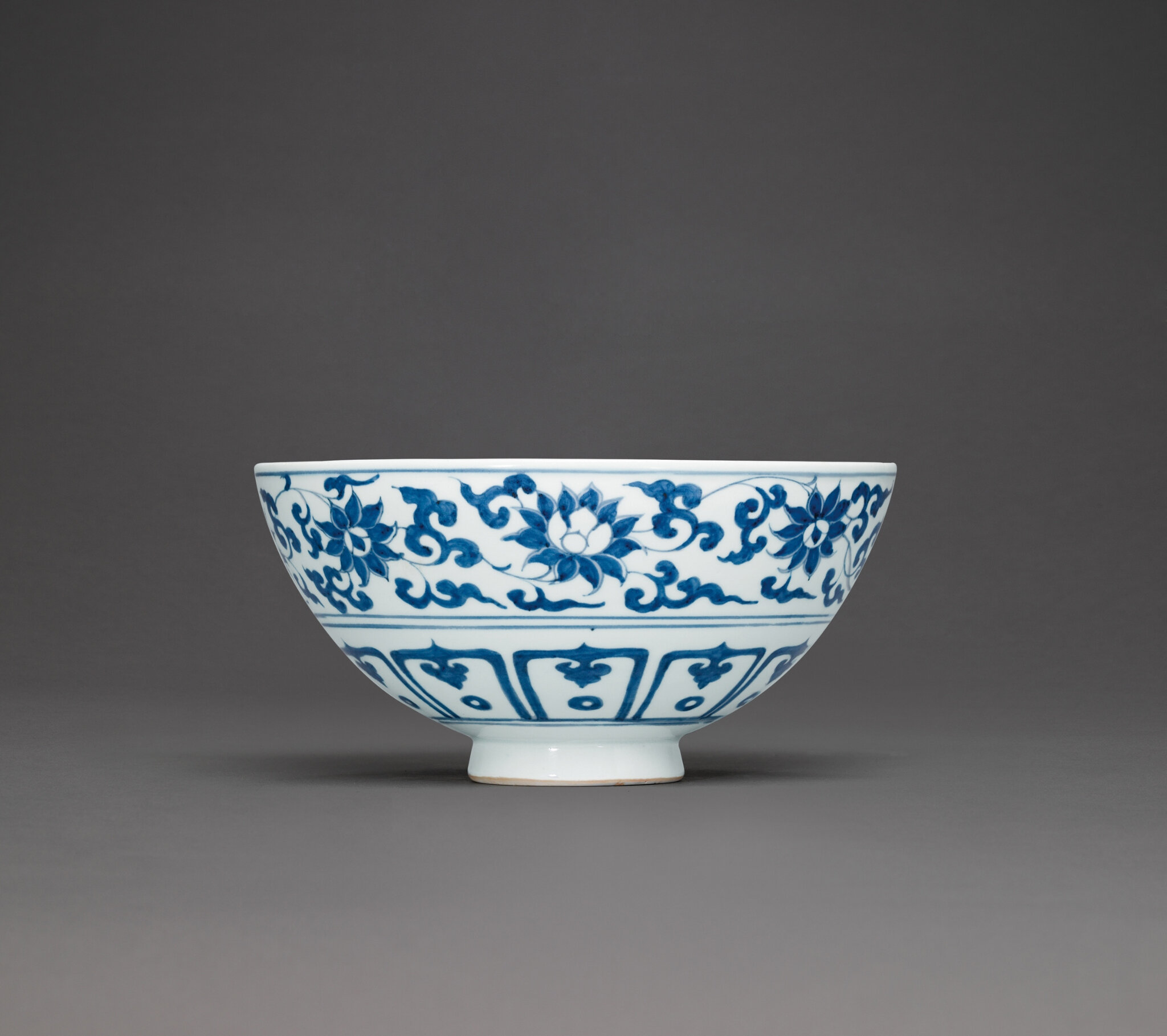 A rare blue and white dragon bowl, Yuan dynasty (1271-1368)