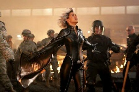 Storm___tornade___x_men_3_last_stand_fights