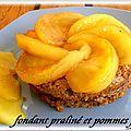 Fondant praline & pommes caramelisees