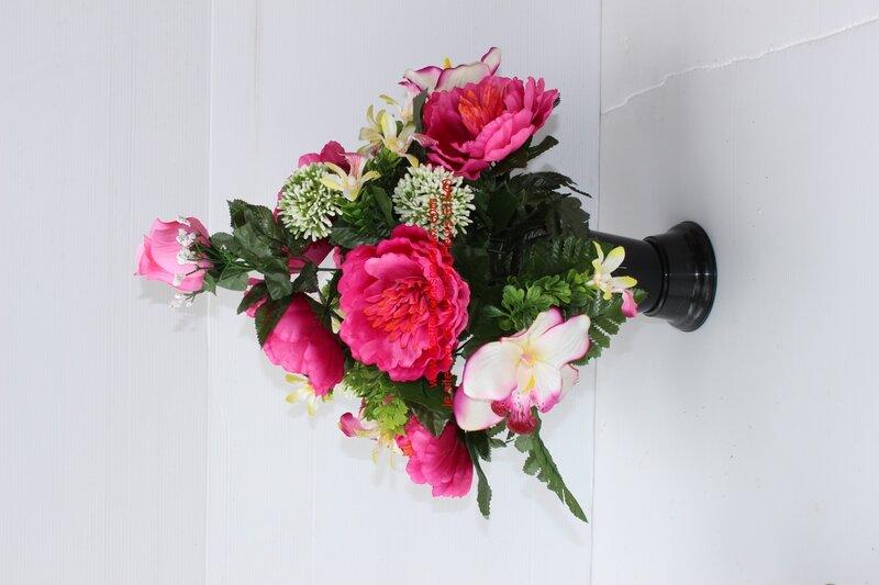 cône bouquet funéraire rose extérieur (1)