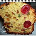 Un cake orange, fruits confits, rhum, raisins secs et bigarreaux confits pour l'atelier demarle