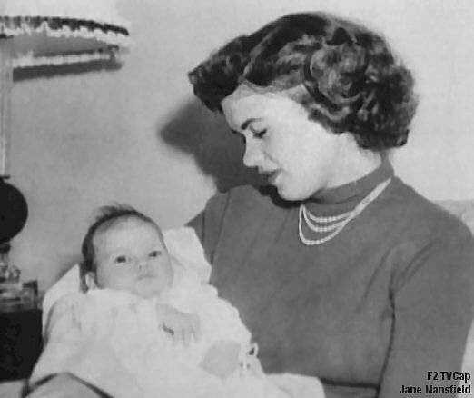 jayne-1950-with_jayne_marie-1