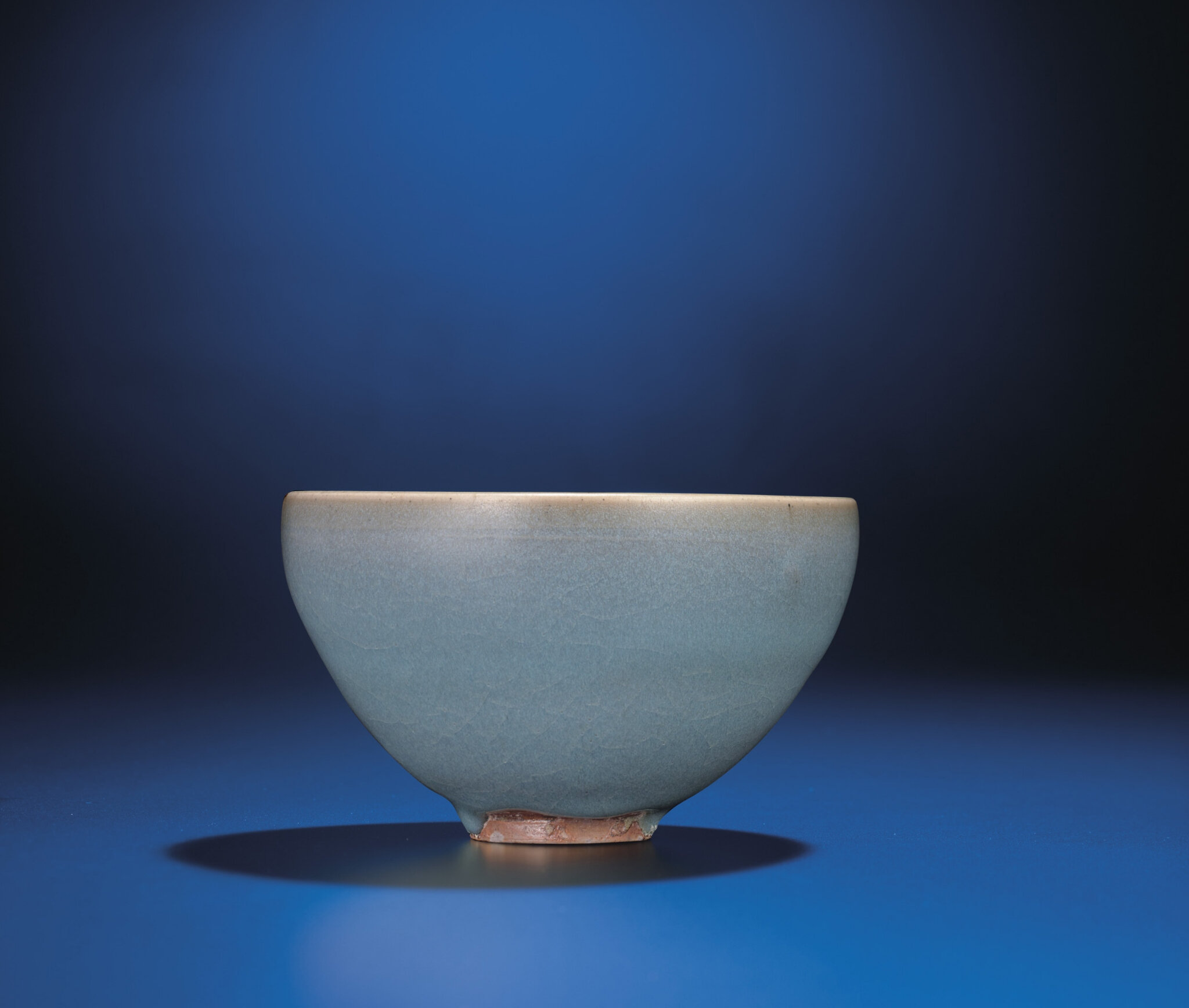 A Jun-glazed deep bowl, Jin-Yuan dynasty, 12th-13th century