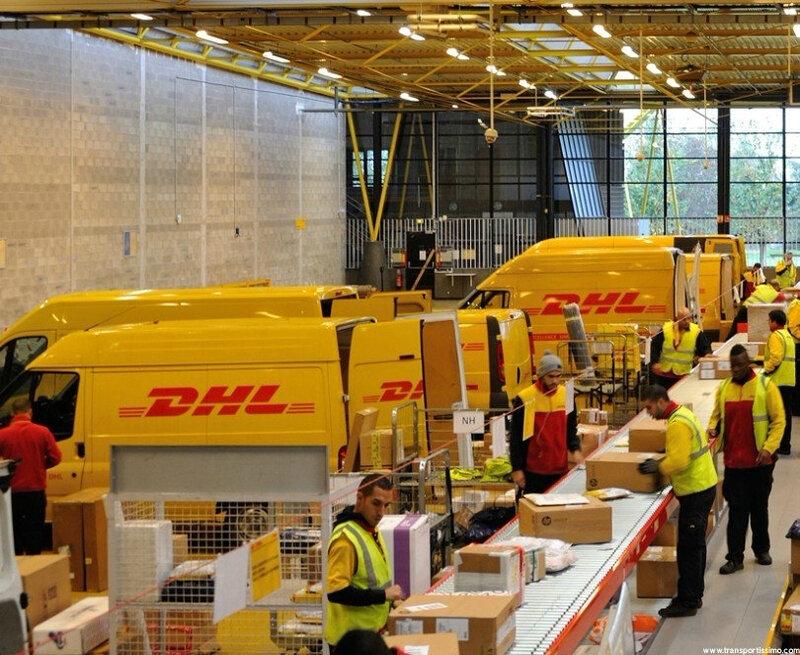 la livraison de vos colis par la DHL .FR / COM
