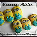 Macarons minion { food art } {macarons design }