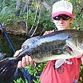 Black Bass de 49 cm sur Valley Hill Smile worm en Wacky
