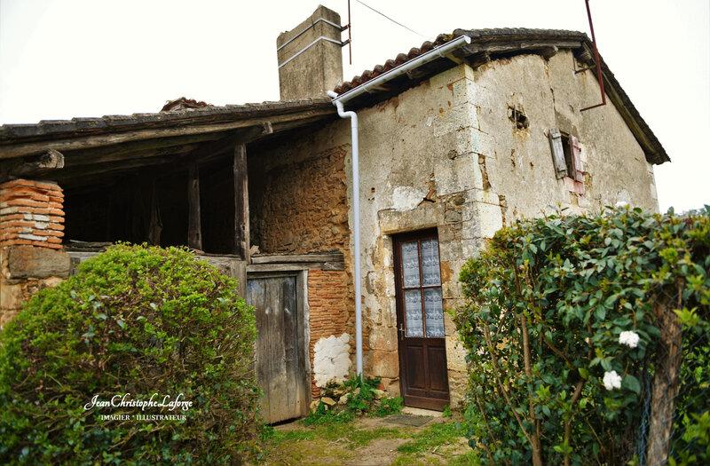 Vieille maison Ecuras à La Borderie Mars 2021 (2)