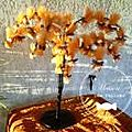 presentation-dragee-mariage-9-presentation-dragees-arbre-tulles-suspendus-orange-chocolat-mini