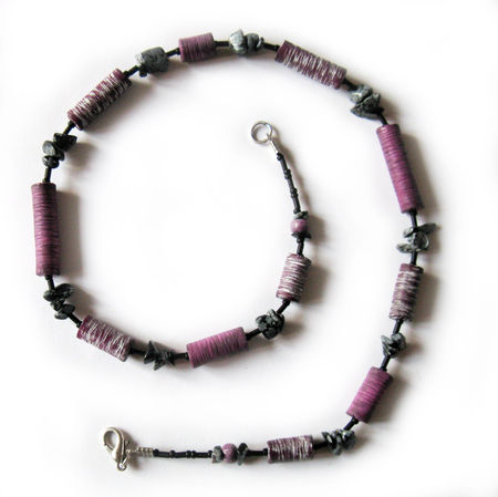 Collier_rond_fuschia_250411