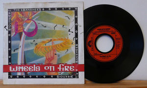 Siouxsie_wheels_on_fire_45t