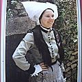 Ile d'Oléron 1 - costume 19éme - Coiffe ballon - Groupe folklorique les déjhouqués