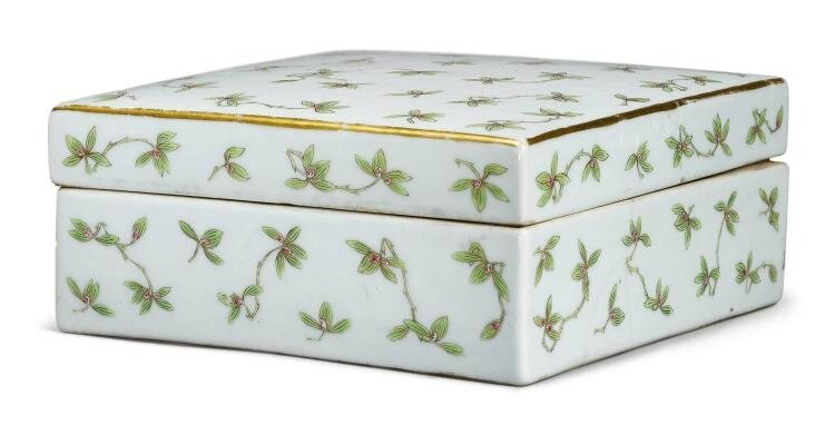 A famille-rose 'Orchid' box and cover, Tongzhi mark and period (1865-1875)
