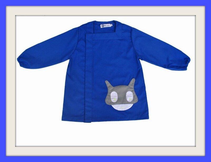 tablier-garcon-tom-super-heros-bleu-roi (1)1