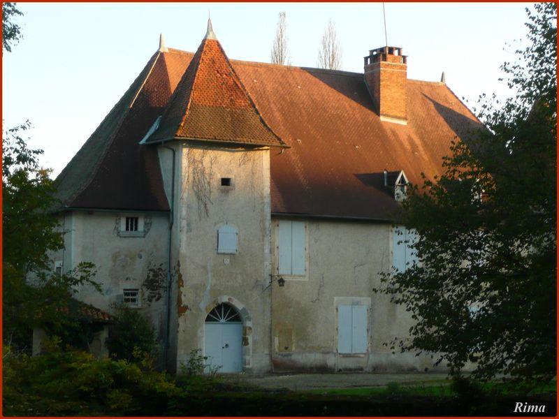 Château de Chambes.