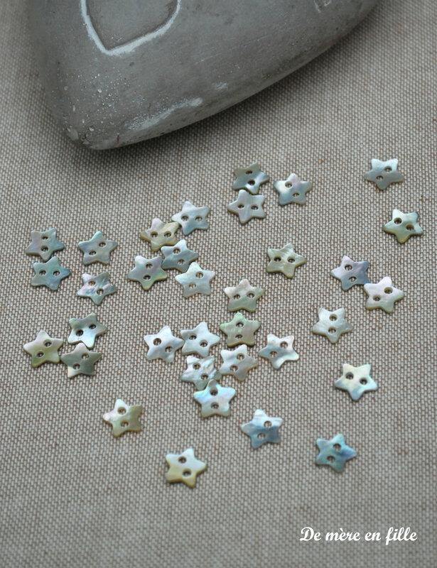 petites étoiles nacre