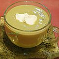 Soupe poireaux-courgettes au petit-suisse