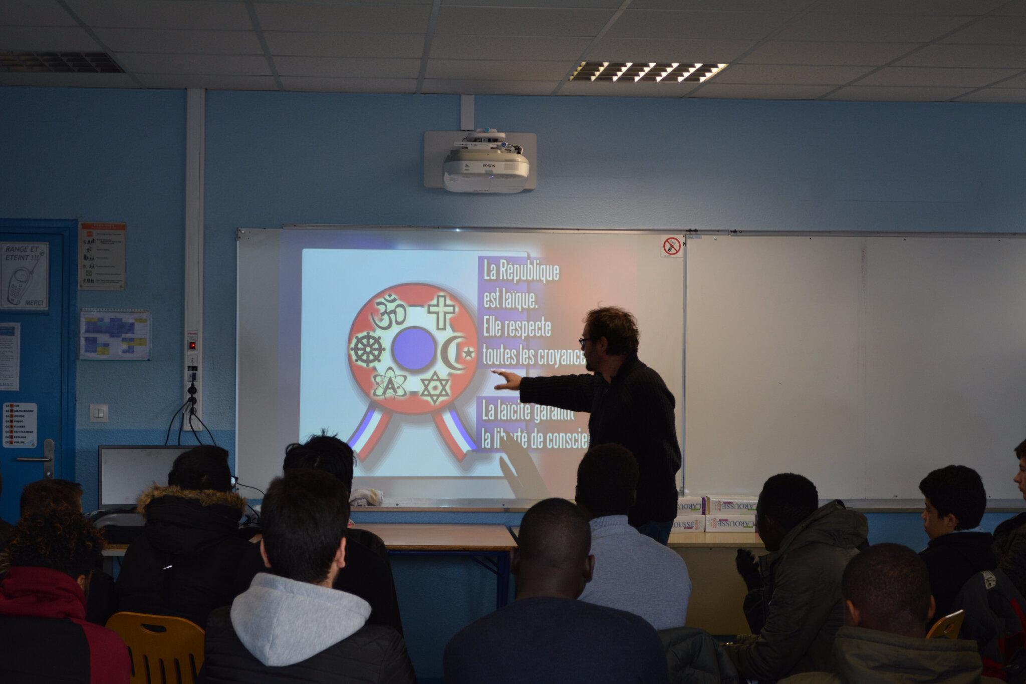 Au lycée Louis Blériot, apprendre la laïcité.