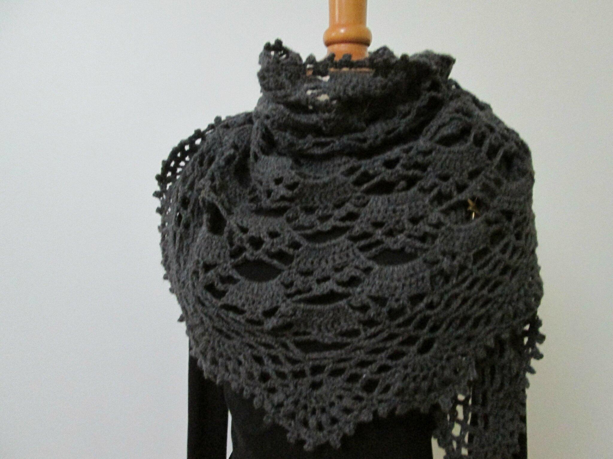 Chale Crochet Modele Japonais Le Blog D Helena