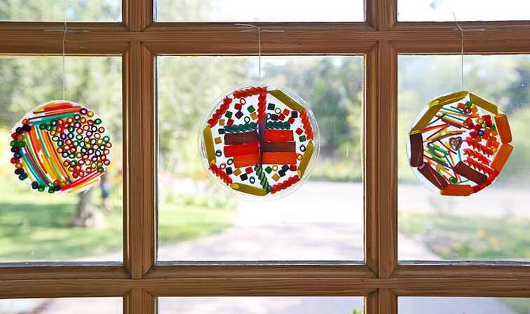 Pasta-suncatcher-craft-for-kids_BABBLE-DABBLE-DO