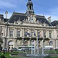 La mairie de tours et ses jets d'eau