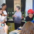 Pendant l'atelier, visiteurs de l'expo