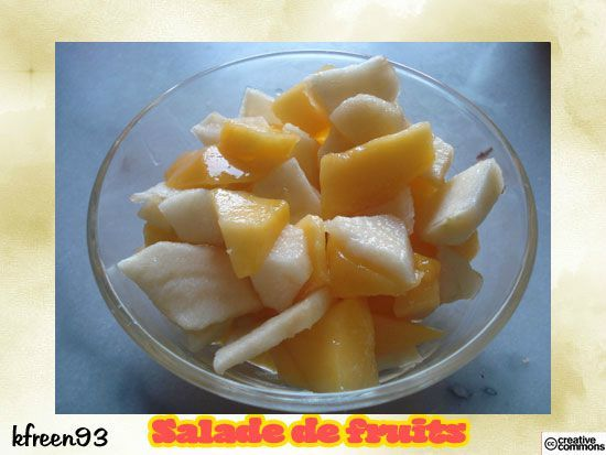 salade-fruit-pomme-mangue_cc_kfreen93
