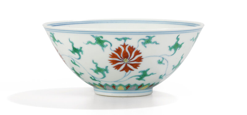 Rare Bol en porcelaine doucai, Marque et époque Yongzheng (1723-1735)