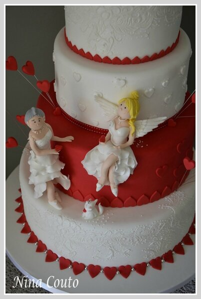wedding cake nina couto rouge et blanc2