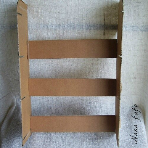 etagere-carton-stand-assemblage1